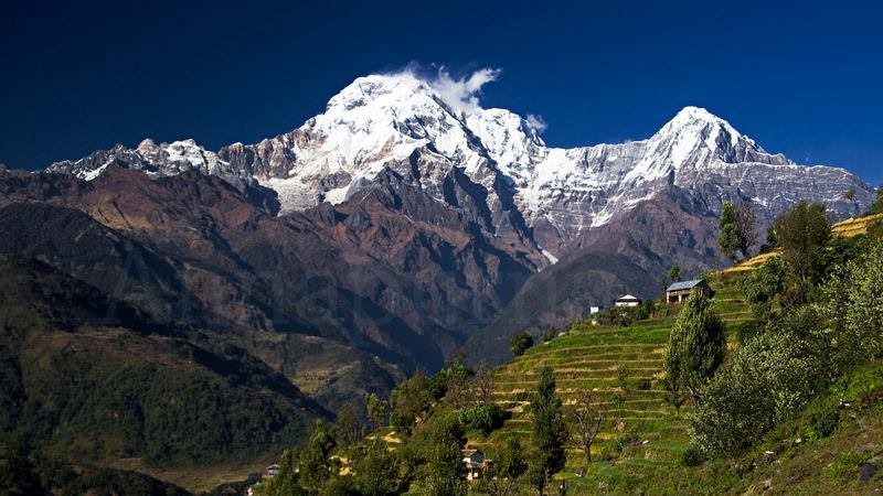 Annapurna-South-Landruk-web-background